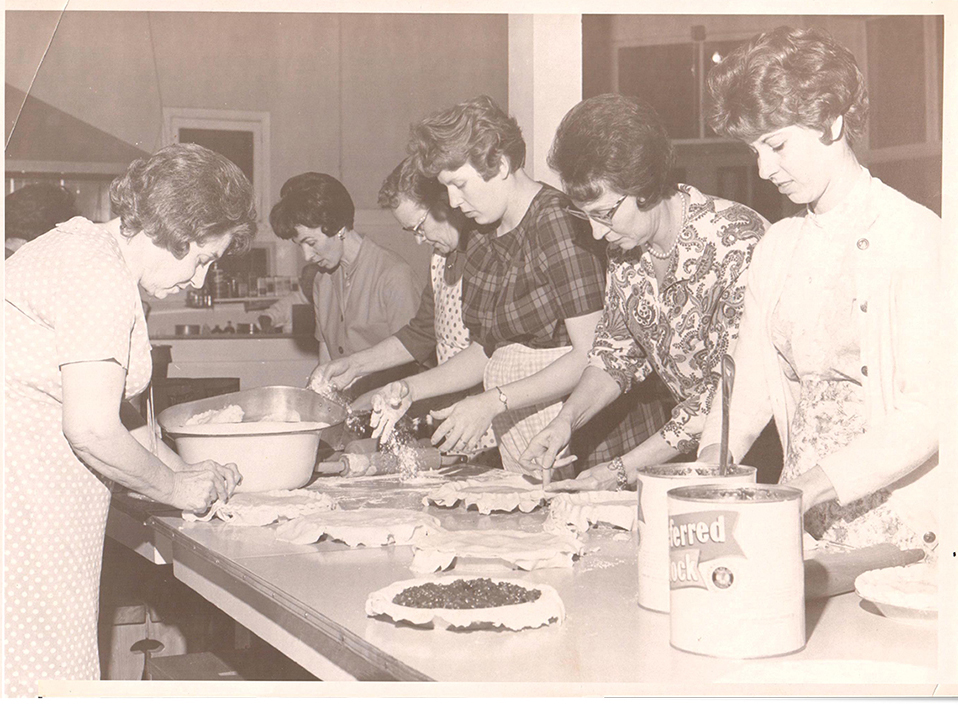 Blanchet House of Hospitality Women Baking Pies in Portland 1950s_archive